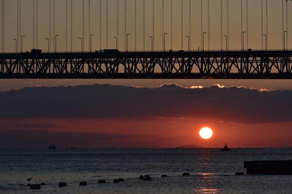 夕日写真明石海峡大橋