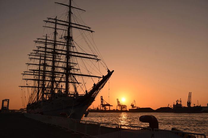 夕日写真港