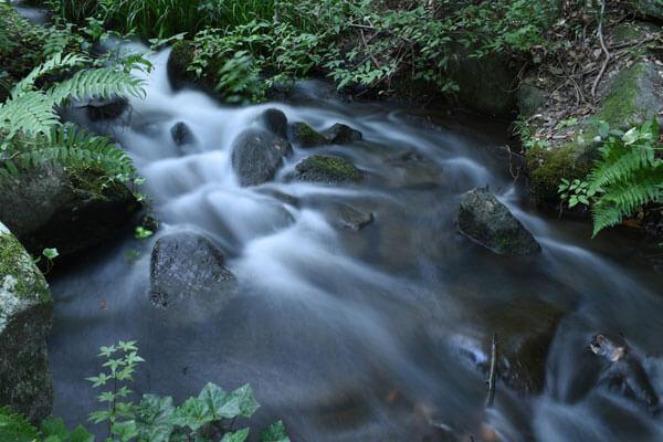 水の流れ写真-シャッター優先モード